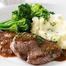 Roasted Beef served with mash poatotoes and vegetables