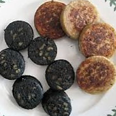 Black and white puddings