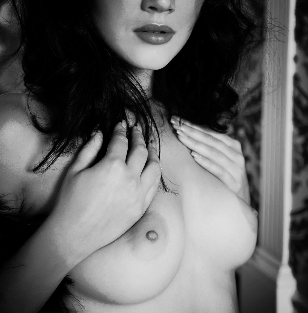Angie 2.jpg