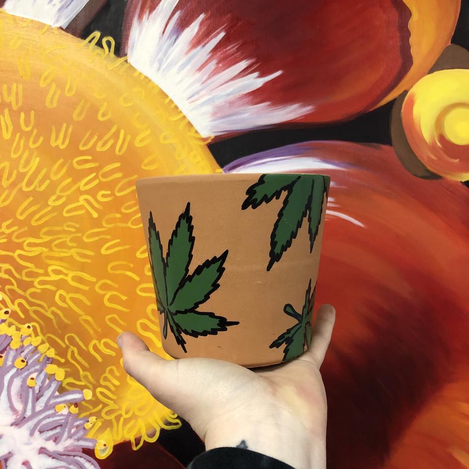 Pot on a pot