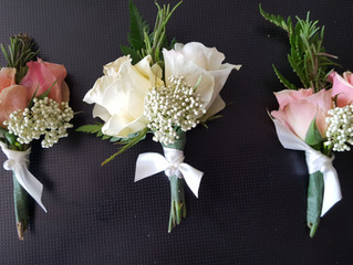 3 Easy Steps to Personalize Your Wedding Flowers