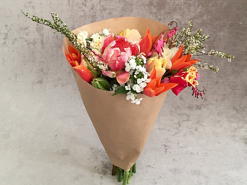 25 Paper Flower Cone Sleeves - Large