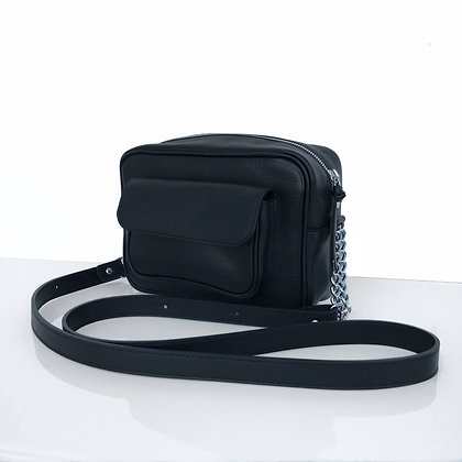 Camera Bag silhouette in black leather