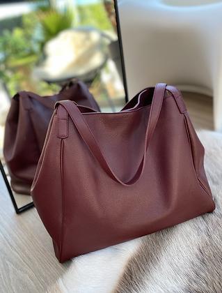 Timeless Hobo Bag in Burgundy