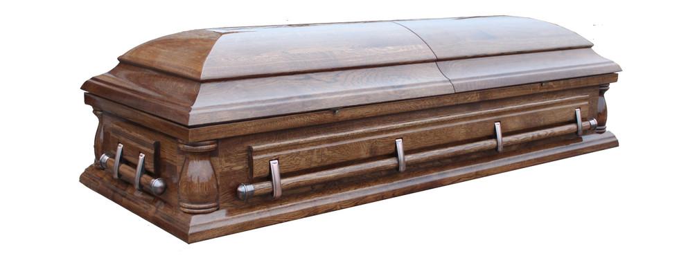 """Гроб """"Сенатор"""" глянцевый с балясинами"""