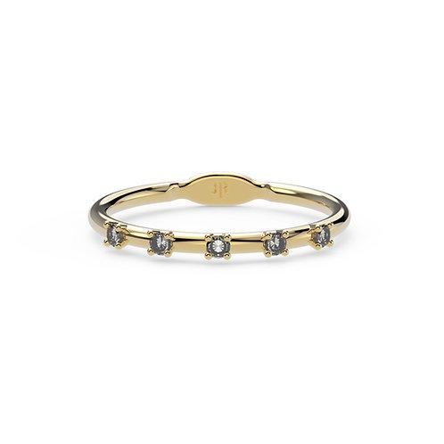 Beatrix Ring