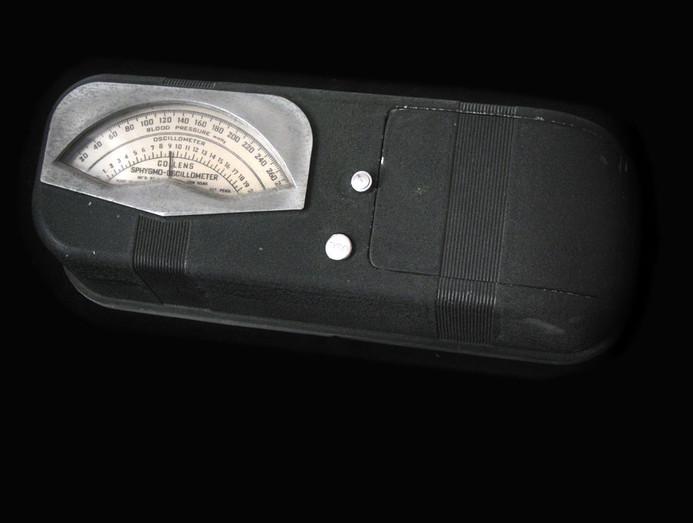 Collens Sphygmo-Oscillometer