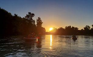 Descente du Rhône en canoë kayak ou stand up paddle en soirée