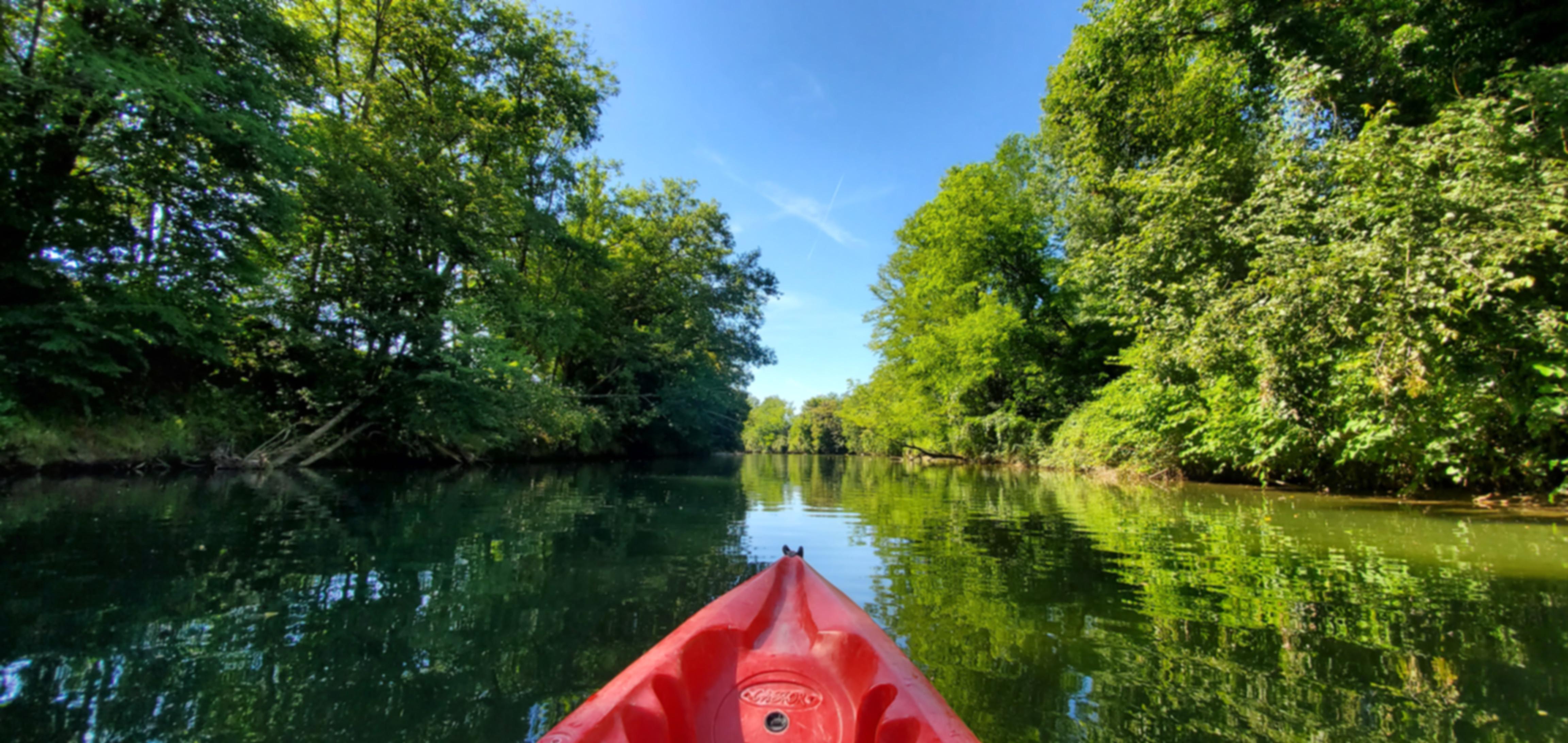 Location de canoë kayak avec FoxaGliss sur la rivière du Guiers