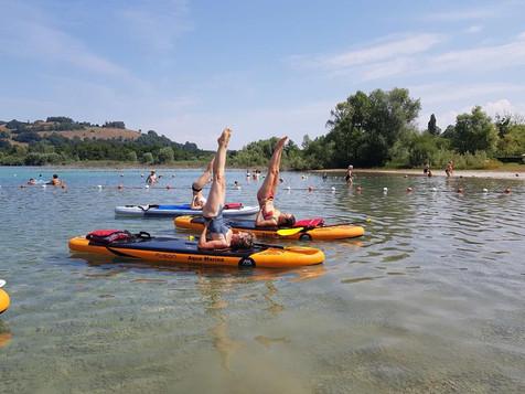 Yoga Paddle sur la plage de Montferrat - Lac de Paladru