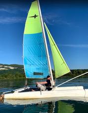 Location de catamaran sur le Plan d'eau de Cuchet