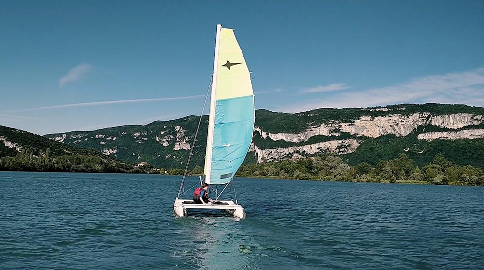Base nautique du Cuchet, location de Canoë kayak, Stand Up Paddle, pédalo, sur le Rhône.