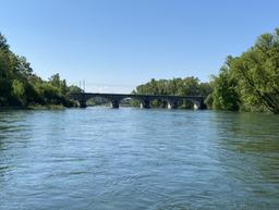 Pont de la rivière
