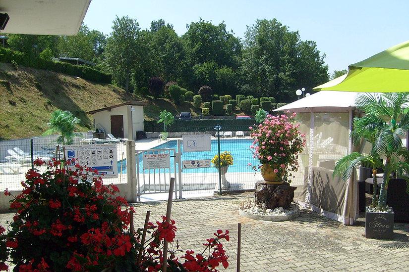 Vous pouvez également retrouver notre piscine au Lac de Paladru, Camping, Sans Souci, mobil Home, Piscine, terrasse, Location.