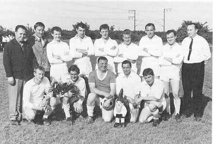 Mannschaft 1966-67.jpg