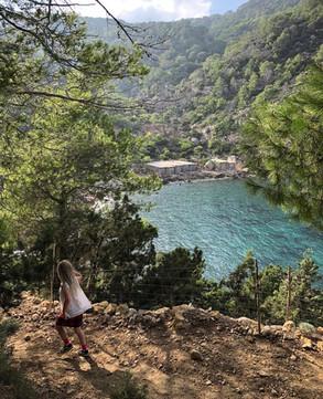 hiken naar een geheim strand