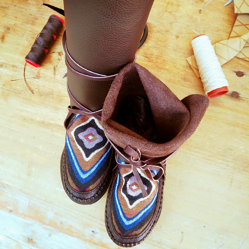 Always handmade leather boots by @holycowchic