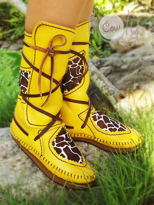New 100% Handmade Yellow Leather Moccasins With Hairy Horsehide Giraffe Print