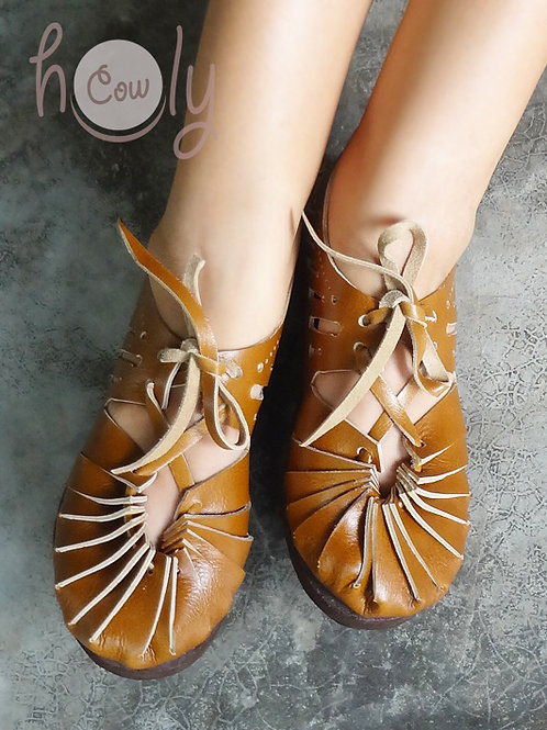 Classic Light Brown Leather Sandals