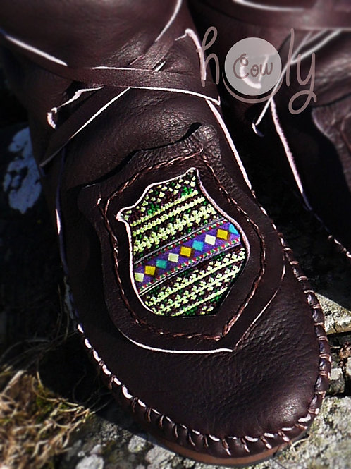 """""""Hmong Fairy Green"""" Hill Tribe Moccasins"""