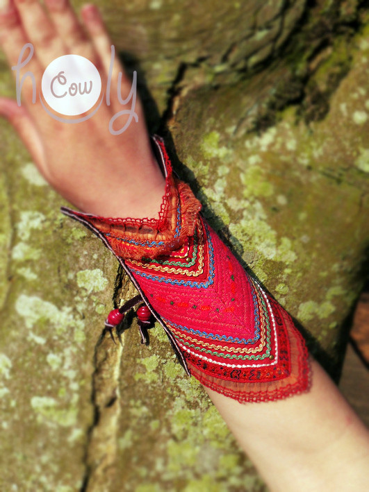 100% Handmade Brown Leather Long Bracelet With Tribal Vintage Pink Fabric
