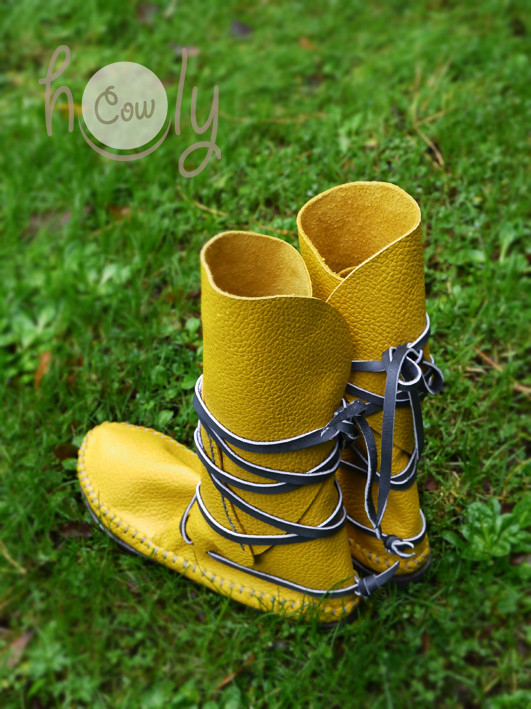 100% Handmade Yellow Leather Moccasins With Grey Laces