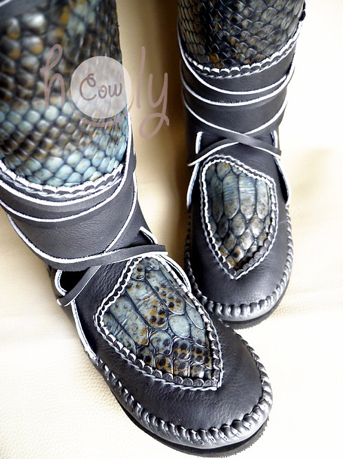 Gray Moccasins With Snake Print