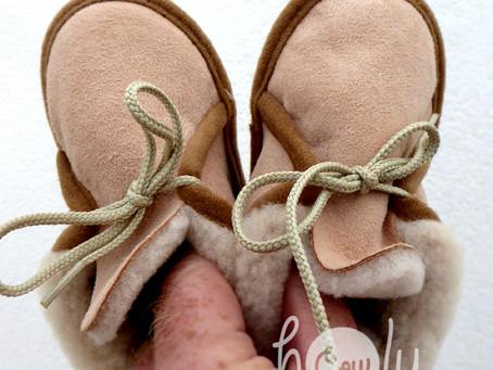 New Handmade Sheepskin Pink Baby Boots