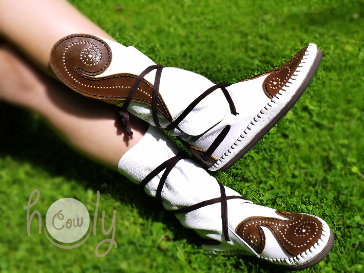 Beautiful Celtic Triple Spiral Leather Moccasins