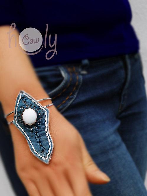 Blue Bracelet With White Gemstone