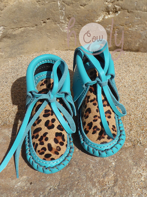 Baby Moccasins With Leopard Cowhide