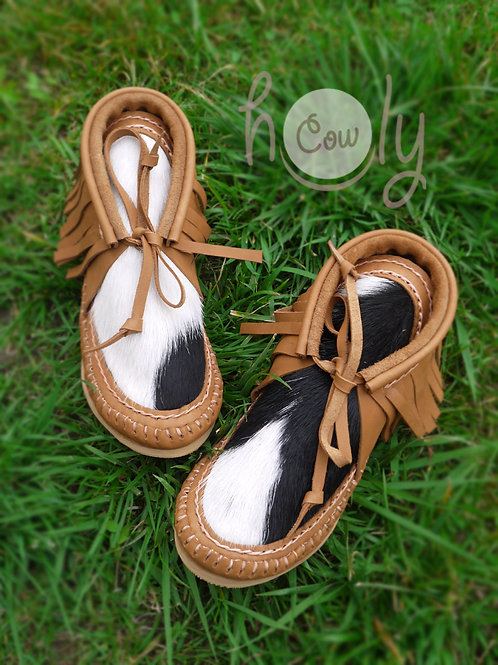 Beige Moccasin Boots With Cowhide