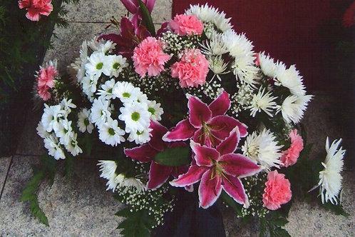 Kytice lilie, karafiáty, chryzantémy (č.22)