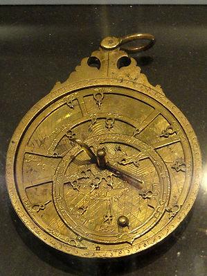 Astrolabe,_Isfahan,_Persia,_brass,_ca._1