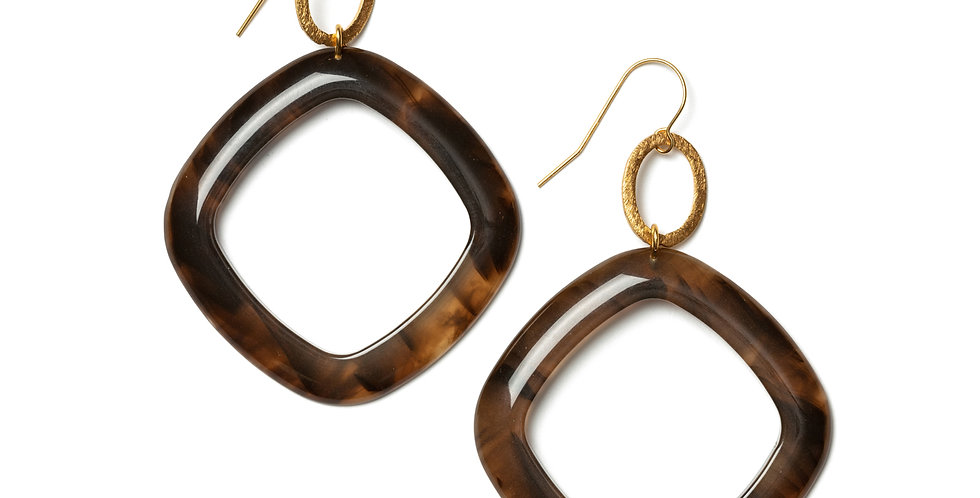 Chenille earrings brown