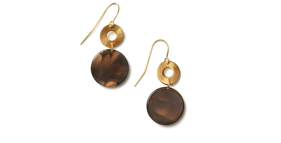 Maple earrings brown