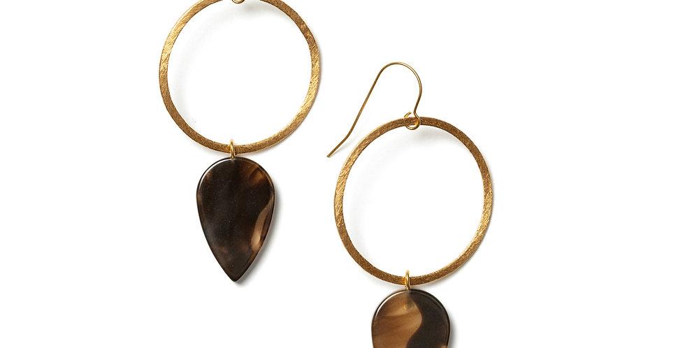 Ochre earrings brown