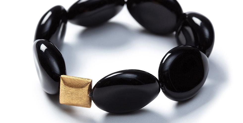 152 black