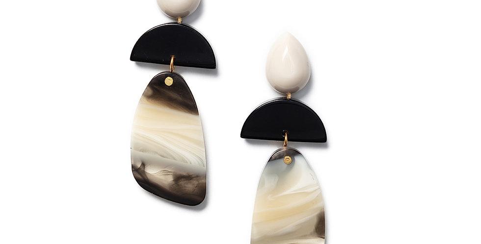 Shika Earrings beige