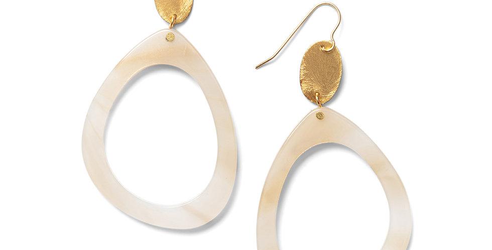 Nashi earrings cream