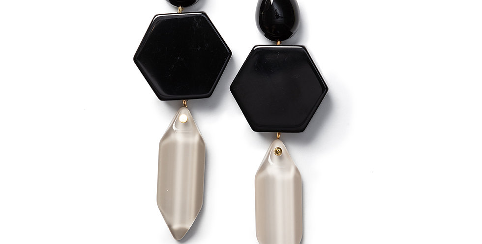Suga earrings black