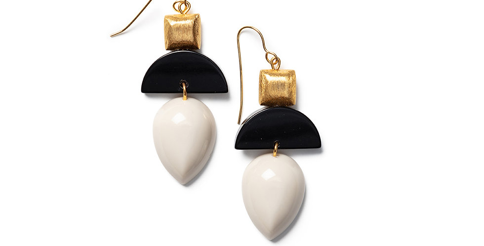 Sai Earrings beige