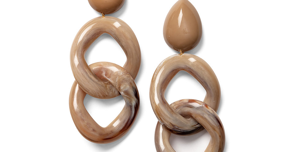 Kusa earrings camel
