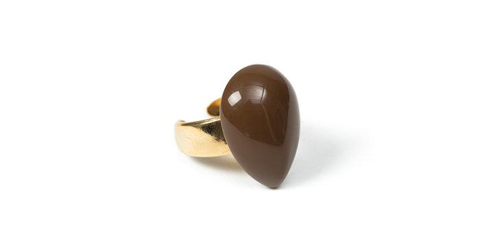 Taupe ring brown