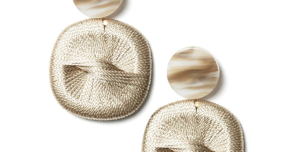 Pear earrings beige