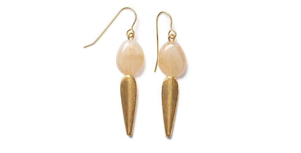 Take earrings cream