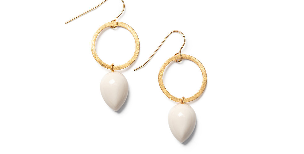 Ushi Earrings beige