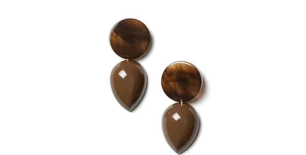 Umber earrings brown