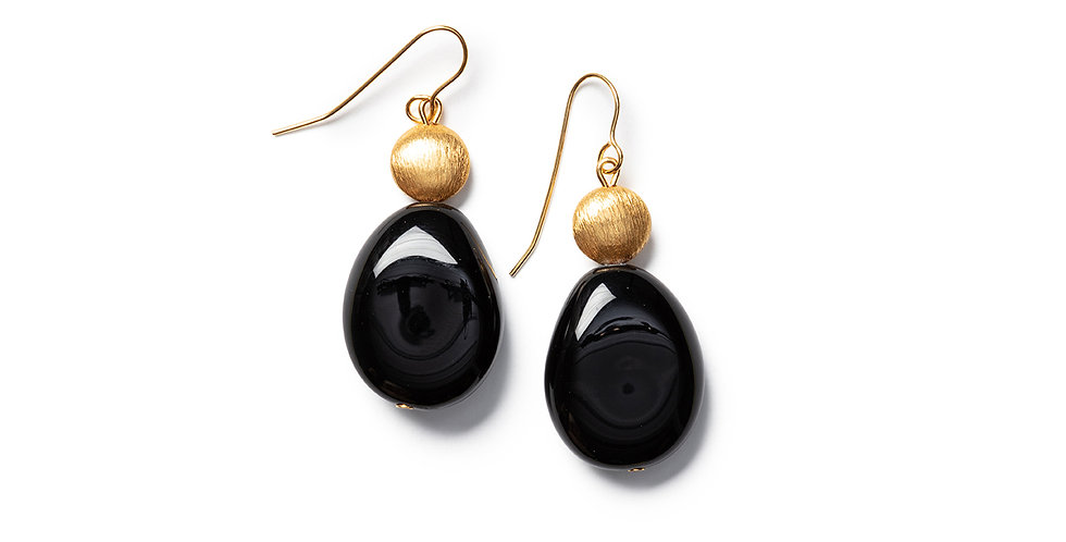Saki earrings black