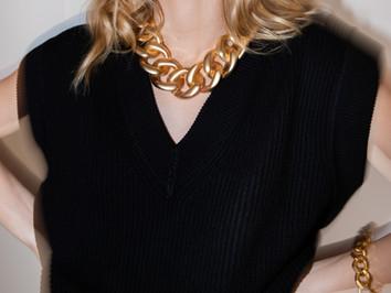 181 Aurous necklace gold 3 Laurence Delv